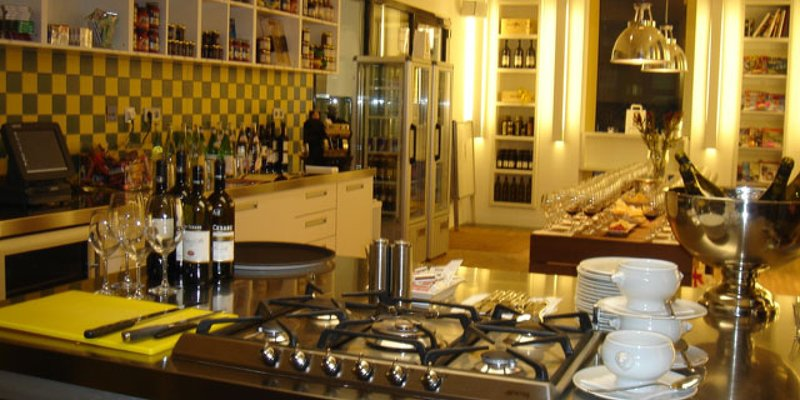 Very modern Show-Kitchen