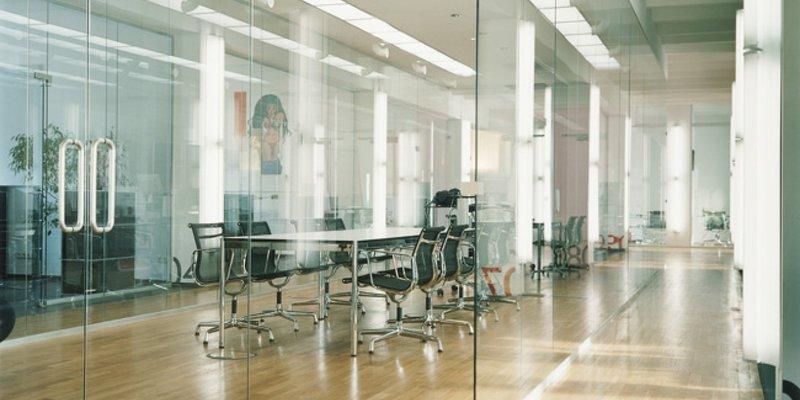 Moderne Bürofläche mit Loftcharakter