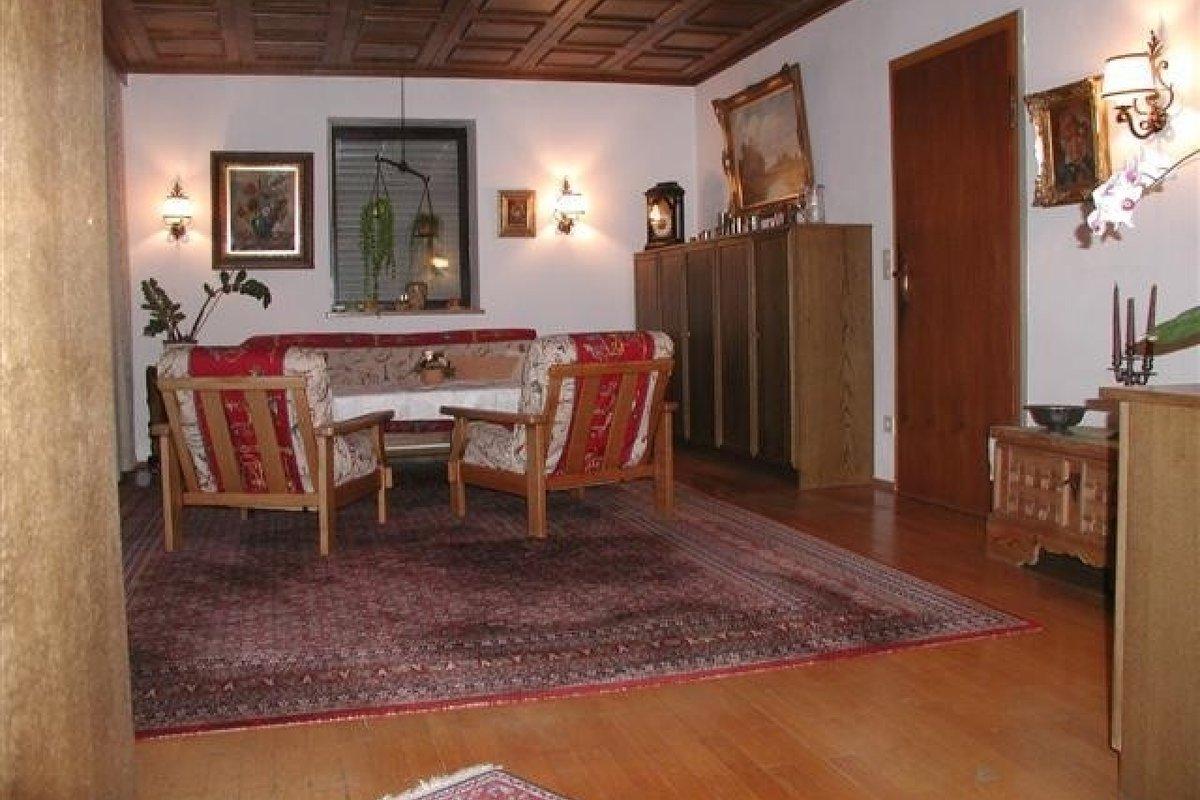 location einfam haus m garten u teich in landkreis ebersberg vaterstetten. Black Bedroom Furniture Sets. Home Design Ideas