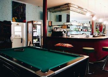 Bar, Lounge und Galerie nahe Ostbahnhof