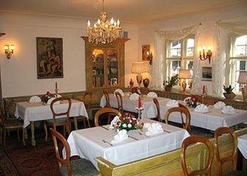 Wunderschönes Restaurant-Schlösschen
