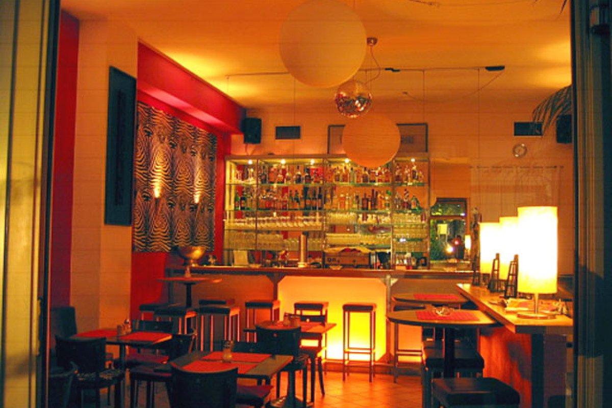 location g nstige bar in schwabing f feiern in m nchen schwabing freimann. Black Bedroom Furniture Sets. Home Design Ideas