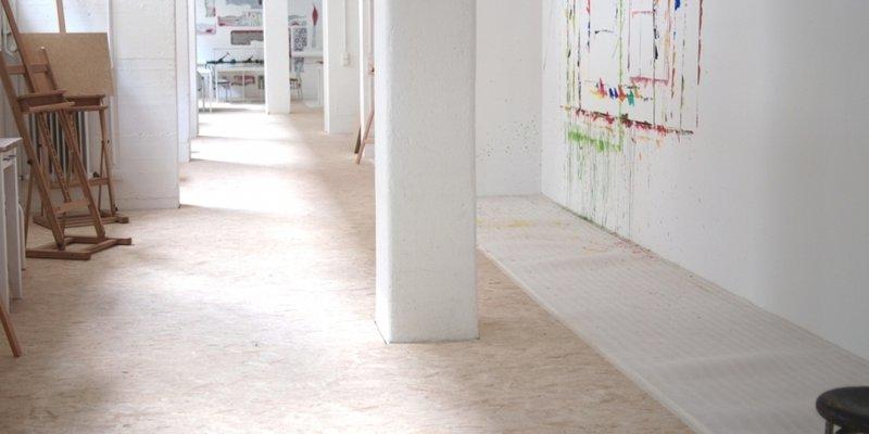 180 m² light bright Studio