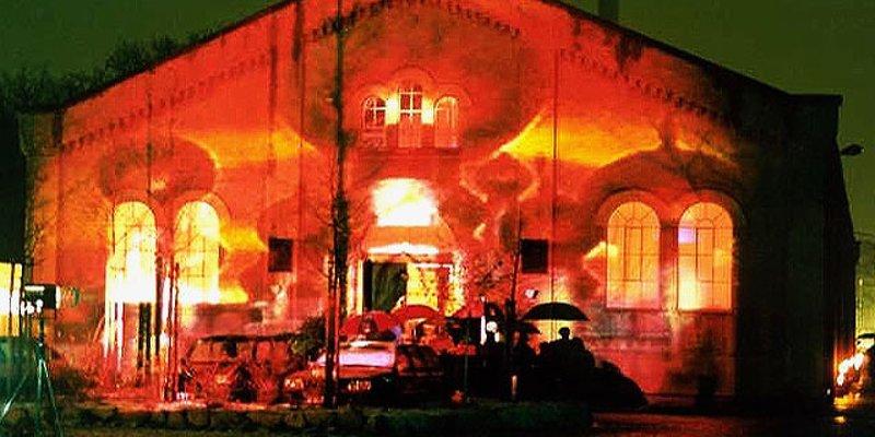 Historische Halle, Rundbogenf., zentral