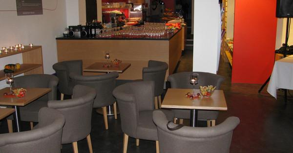 location feiern in sch nem ambiente in m nchen. Black Bedroom Furniture Sets. Home Design Ideas