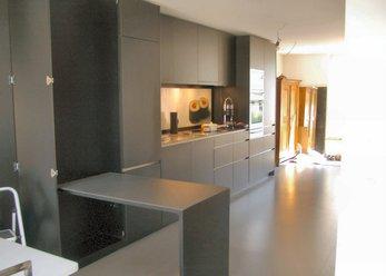 Atelier-Doppelhaus in zeitgenöss. Stil